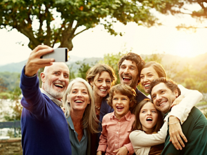 Blog | Featured Image Family Selfie
