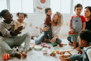 Blog | Featured Image Multiple Families Children Playing